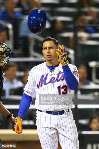 Asdrubal Cabrera of the New York Mets reacts after striking out in the fifth inning against the Atlanta Braves at Citi Field on May 1, 2018 in the...