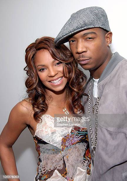 Ashanti and Ja Rule during Simple Plan Ashanti Ja Rule and Tom Hanks Visit MTV's TRL November 9 2004 at MTV Studios Times Square in New York City New...