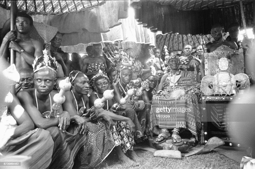 Queen Elizabeth II tour of West Africa : News Photo