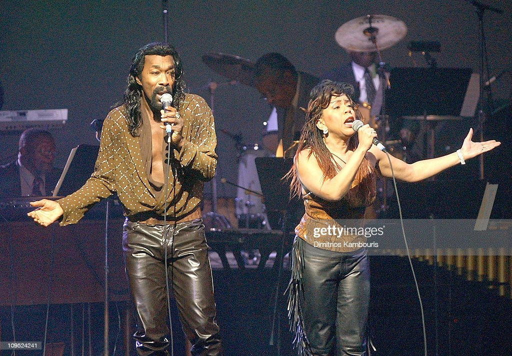 """New York Premiere of """"Standing in the Shadows of Motown"""" - Performance : News Photo"""