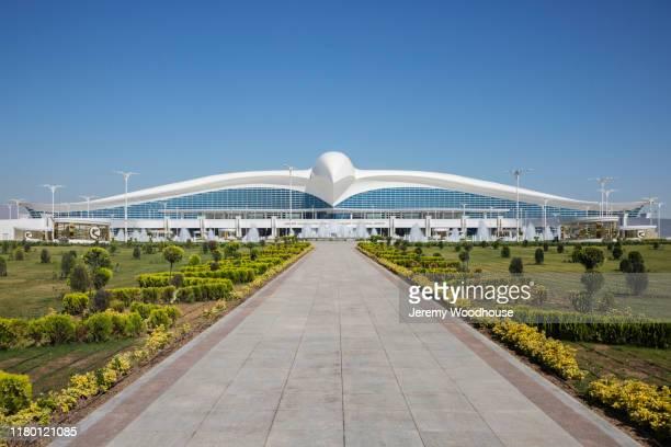 ashgabat international airport - トルクメニスタン ストックフォトと画像