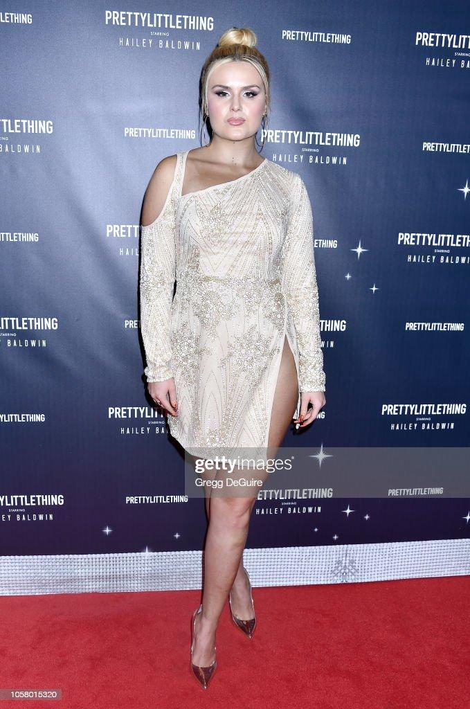 PrettyLittleThing X Hailey Baldwin - Arrivals : News Photo