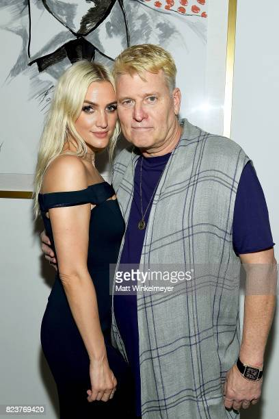 Ashlee Simpson and Joe Simpson attend Art with a Cause on July 27, 2017 in Los Angeles, California.