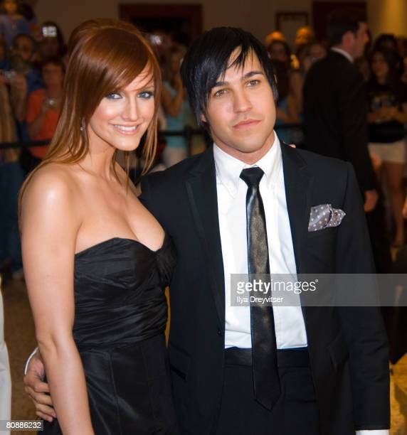 Ashlee Simpson and Pete Wentz appear together at the 2008 White House Correspondents' Association Dinner at Washington Hilton on April 26, 2008 in...
