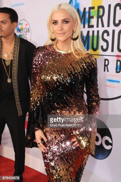 Ashlee Simpson attends the 2017 American Music Awards at Microsoft Theater on November 19 2017 in Los Angeles California