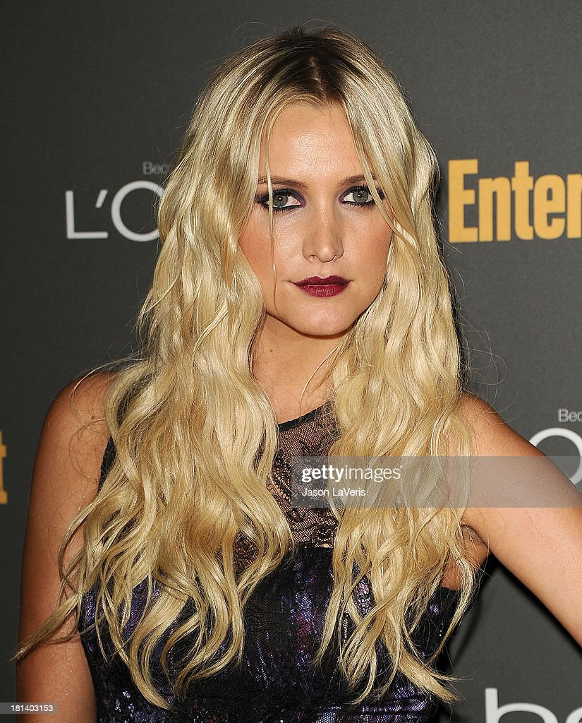 Ashlee Simpson attends the Entertainment Weekly pre-Emmy party at Fig & Olive Melrose Place on September 20, 2013 in West Hollywood, California.