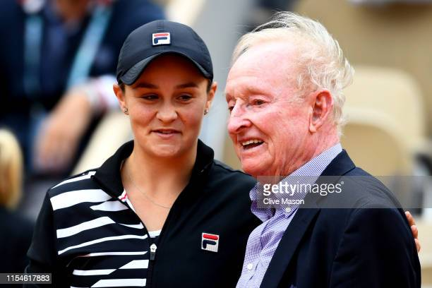 Ashleigh Barty of Australia celebrates victory with former Australian Tennis player Rod Laver following the ladies singles final against Marketa...