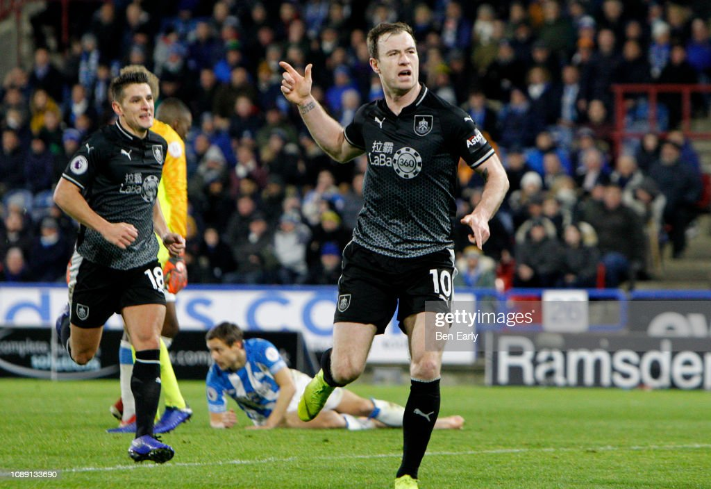 Huddersfield Town v Burnley FC - Premier League : News Photo
