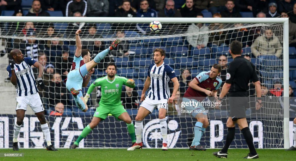 Ashley Barnes of Burnley scores his sides first goal during the Premier League match between West Bromwich Albion and Burnley at The Hawthorns on March 31, 2018 in West Bromwich, England.