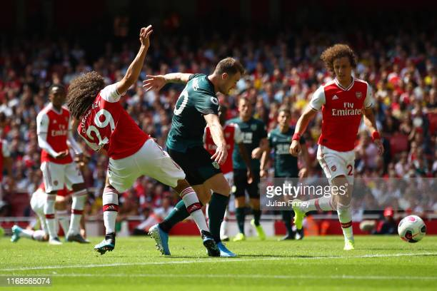 Ashley Barnes of Burnley scores his team's first goal during the Premier League match between Arsenal FC and Burnley FC at Emirates Stadium on August...