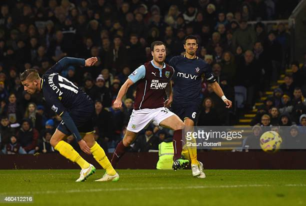Ashley Barnes of Burnley scores the opening goal during the Barclays Premier League match between Burnley and Southampton at Turf Moor on December 13...