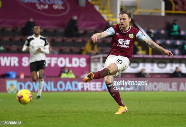 Ashley Barnes of Burnley scores their side's first goal during the Premier League match between Burnley and Fulham at Turf Moor on February 17, 2021...