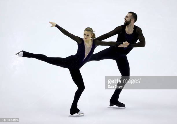 Ashley Cain and Timothy LeDuc compete in the Championship Pairs Short Program during Day 2 of the 2018 Prudential US Figure Skating Championships at...