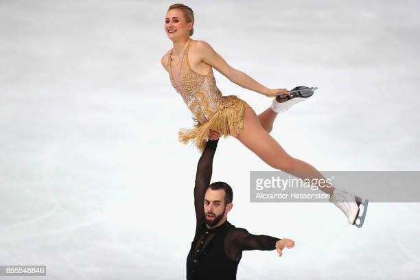 Ashley Cain and Timothy Leduc of USA performs at the Pairs free skating during the 49 Nebelhorn Trophy 2017 at Eishalle Oberstdorf on September 29...