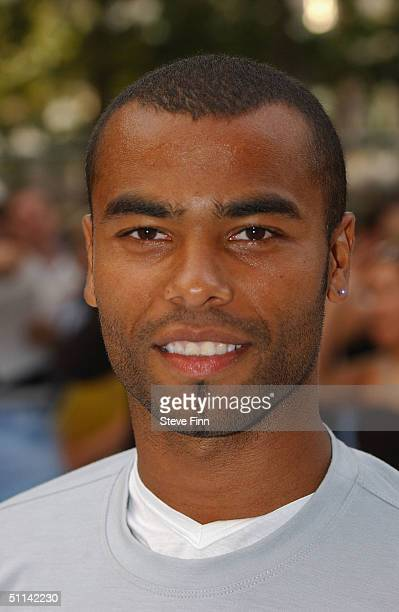 Ashley Cole arrives at the UK Premiere of I Robot at Odeon Leicester Square on August 4 2004 in London