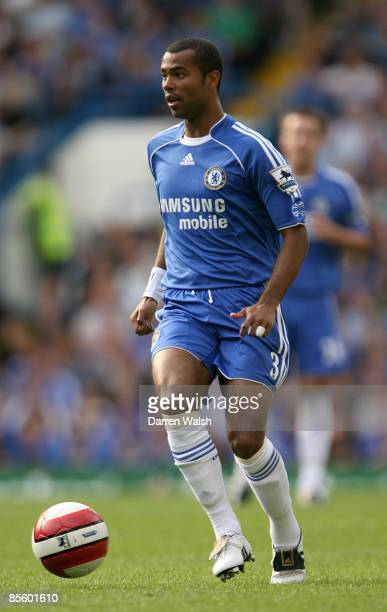 Ashley Cole makes his Chelsea debut