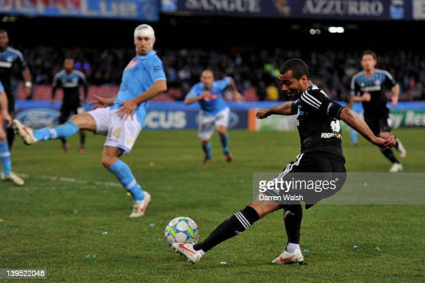 Ashley Cole of Chelsea crosses the ball during the UEFA Champions League round of 16 first leg match between SSC Napoli and Chelsea FC at Stadio San...