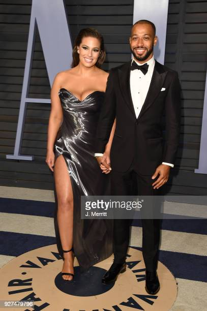 Ashley Graham and Justin Ervin attend the 2018 Vanity Fair Oscar Party hosted by Radhika Jones at the Wallis Annenberg Center for the Performing Arts...