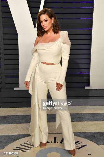 Ashley Graham attends the 2019 Vanity Fair Oscar Party hosted by Radhika Jones at Wallis Annenberg Center for the Performing Arts on February 24 2019...