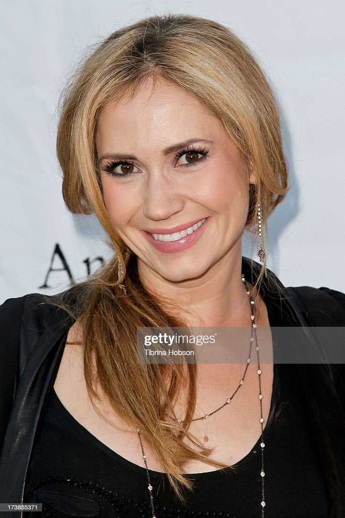 Ashley Jones attends the Alzheimer's Association and Scrappy Cat Productions premiere of 'Angel's Perch' at Laemmles Royal Theatre on July 17, 2013 in Los Angeles, California.