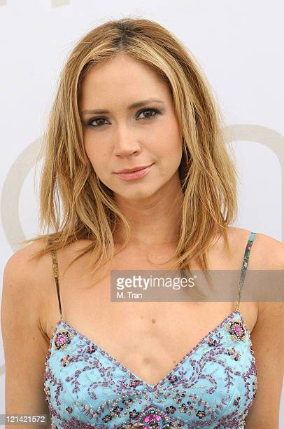 Ashley Jones backstage at Voom by Joy Han Fall 2007