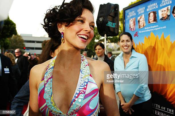 Ashley Judd arrives for the premiere of Divine Secrets Of The Ya-Ya Sisterhood at the Mann Village Theater in Los Angeles, CA on Monday, June 3,...