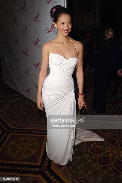 Ashley Judd attends The Breast Cancer Research Foundation Presents 'The Very Hot Pink Party' at The Waldorf Astoria on April 10 2006 in New York City