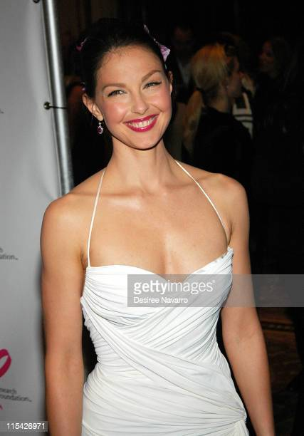 Ashley Judd during The Breast Cancer Research Foundation Presents 'The Very Hot Pink Party' April 10 2006 at Waldorf Astoria in New York City New...