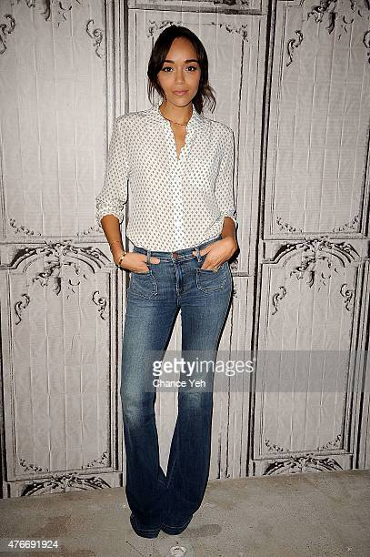 Ashley Madekwe attends AOL BUILD Speaker Series Ashley Madekwe discusses 'Salem' Season 2 at AOL Studios In New York on June 11 2015 in New York City