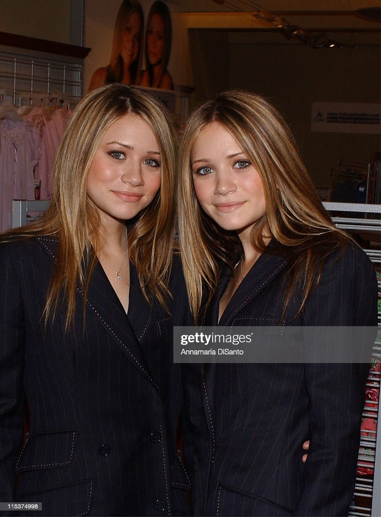 Mary-Kate and Ashley 3rd Annual Dualstar Summit