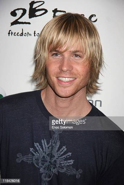 Ashley Parker Angel during Sony Ericsson and Cingular Wireless Present The 2 B Free Fall 2006 Collection Red Carpet at Regent Beverly Wilshire in...