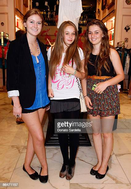 """Ashley Peak, Carson Meyer and Emma Hertz attend the Juicy Couture Hosts WCRF """"My Mom Is Cuter Than Yours"""" Event at Juicy Couture on May 6, 2009 in..."""