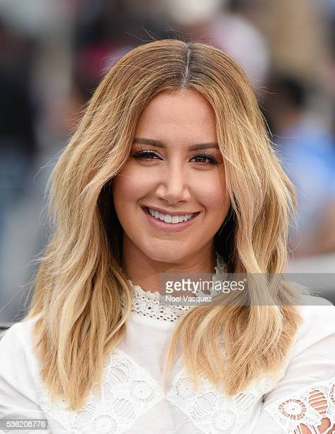 Ashley Tisdale visits Extra at Universal Studios Hollywood on May 31 2016 in Universal City California