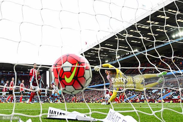 Ashley Westwood of Aston Villa scores past Fraser Forster of Southampton for the second time during the Barclays Premier League match between Aston...
