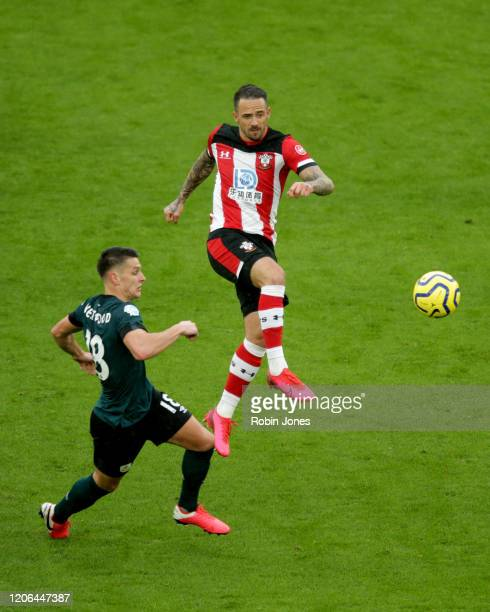 Ashley Westwood of Burnley and Danny Ings of Southampton during the Premier League match between Southampton FC and Burnley FC at St Mary's Stadium...