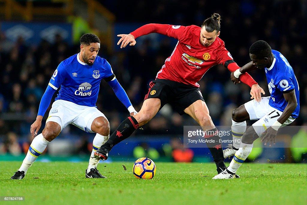Everton v Manchester United - Premier League : News Photo