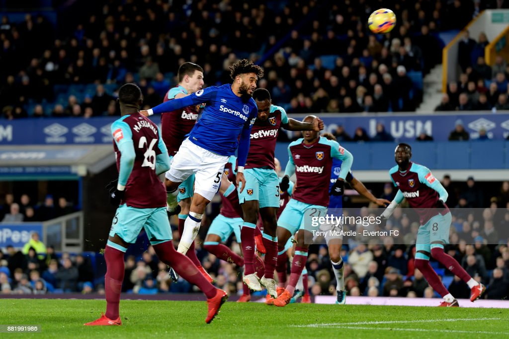 Ashley Williams heads to score during the Premier League match between Everton and West Ham United at Goodison Park on November 29, 2017 in Liverpool, England.