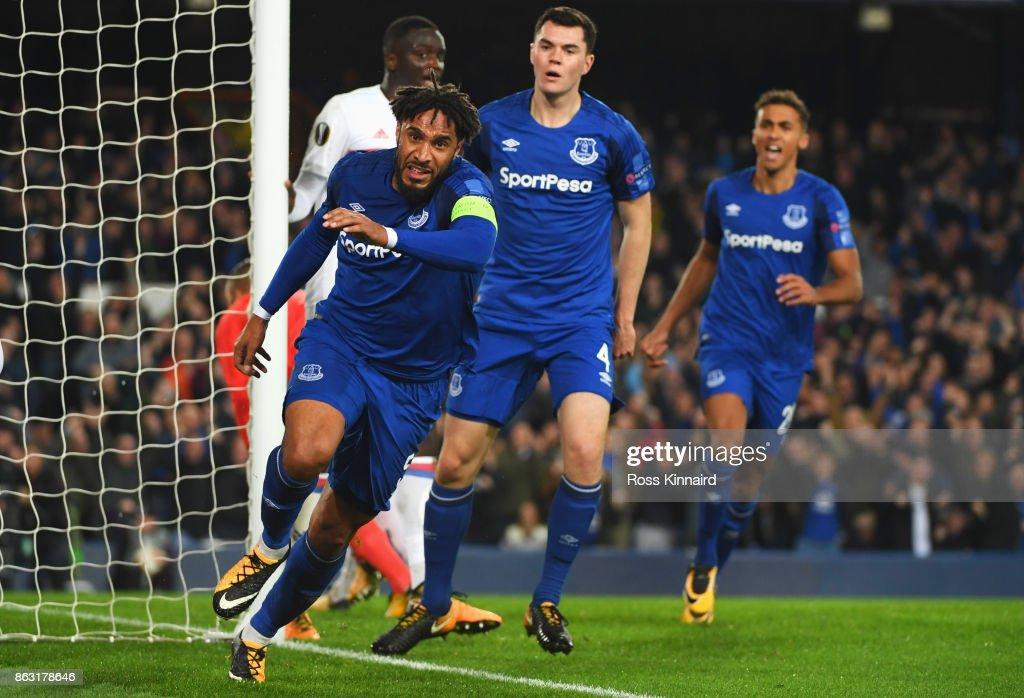 Everton FC v Olympique Lyon - UEFA Europa League : News Photo