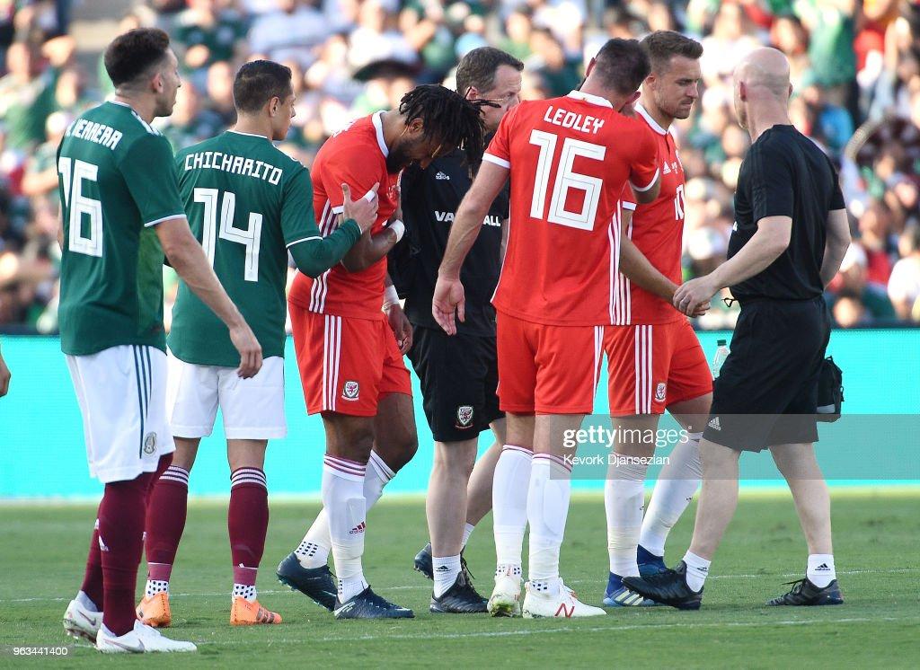 Wales v Mexico : News Photo