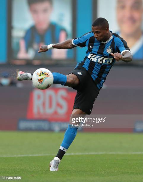 Ashley Young of FC Internazionale scores the opening goal during the Serie A match between FC Internazionale and Brescia Calcio at Stadio Giuseppe...