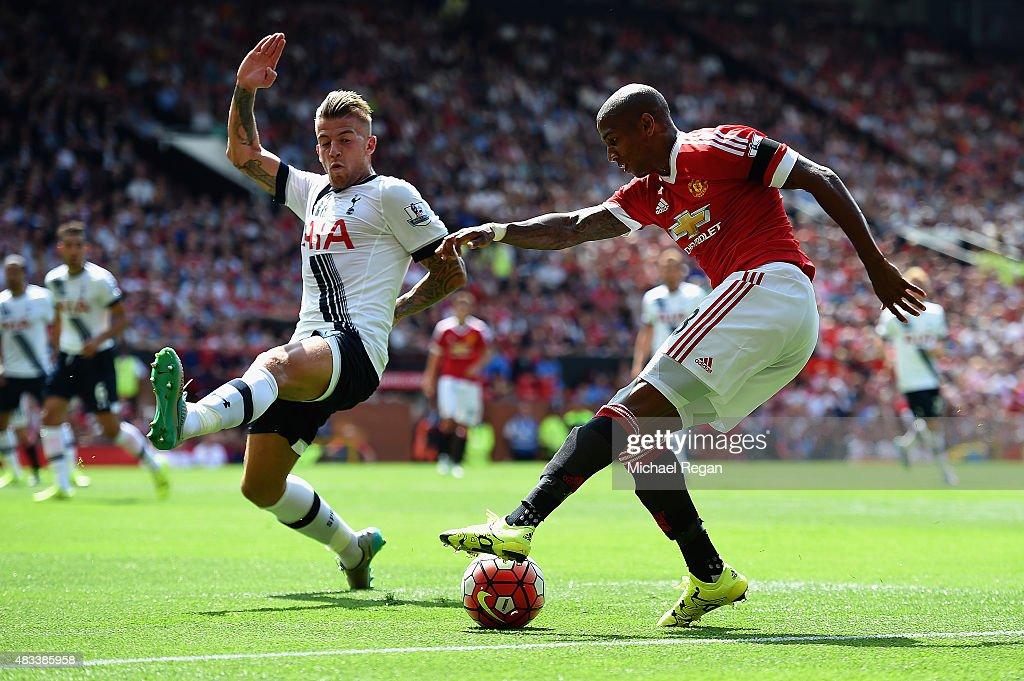 Manchester United v Tottenham Hotspur - Premier League : News Photo