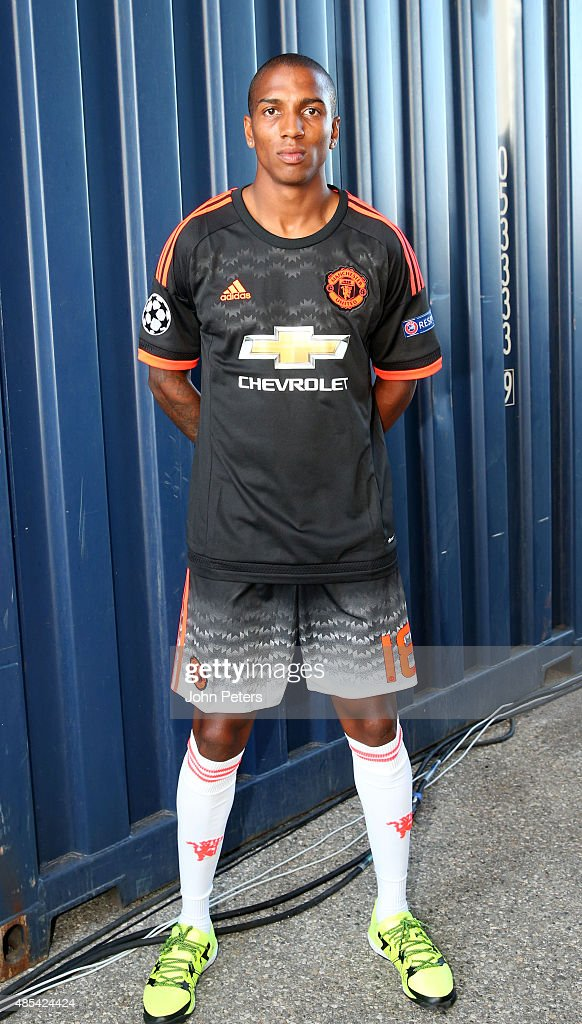 Manchester United Launch a New Third Kit
