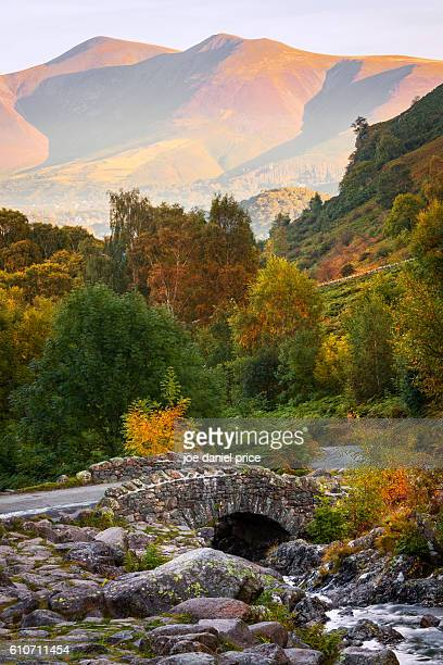 ashness bridge, skiddaw, keswick, cumbria, lake district, england - lake district autumn stock pictures, royalty-free photos & images