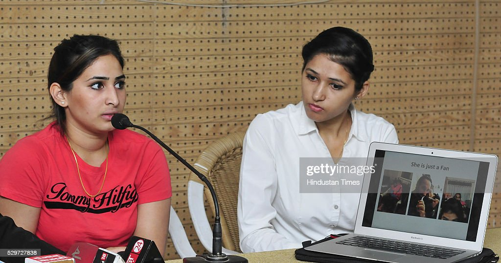 Ashpal Kaur Bhogal British hockey player and long time girl friend of Indian hockey captain Sardar Singh addressing a press conference at Press Club..