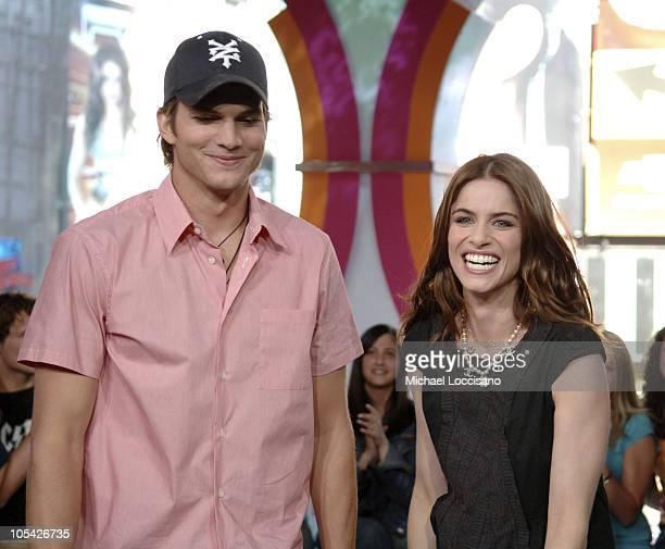 "Ashton Kutcher and Amanda Peet during Ashton Kutcher and Amanda Peet Visit MTV's ""TRL"" - April 19, 2005 at MTV Studios, Times Square in New York..."