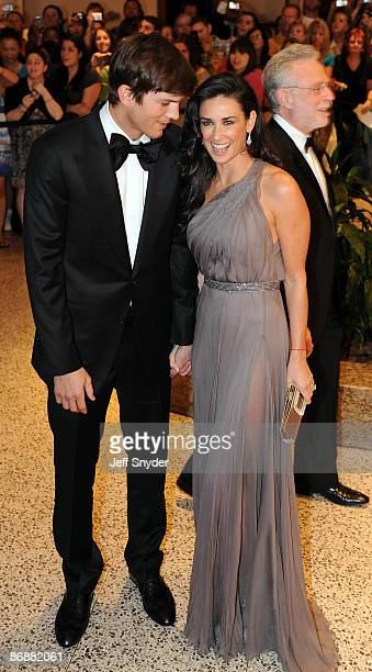 Ashton Kutcher and Demi Moore attends the 2009 White House Correspondents' Association Dinner at the Washington Hilton on May 9 2009 in Washington DC