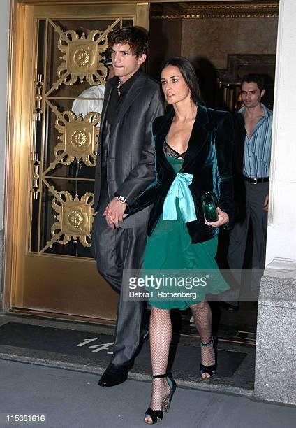 Ashton Kutcher and Demi Moore during Ashton Kutcher and Demi Moore out and about in Manhattan at Upper West Side in New York City New York United...