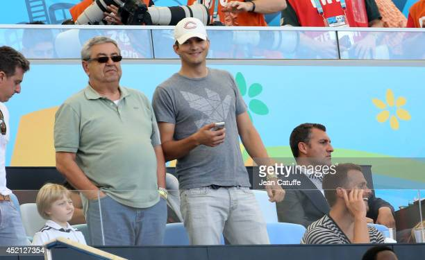 Ashton Kutcher attends the 2014 FIFA World Cup Brazil Final match between Germany and Argentina at Estadio Maracana on July 13 2014 in Rio de Janeiro...