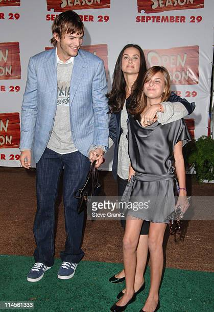 Ashton Kutcher Demi Moore and Tallulah Belle Willis