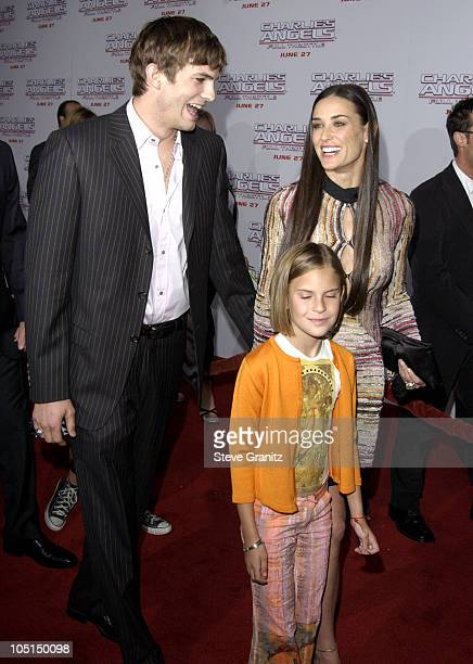 """Ashton Kutcher & Demi Moore during """"Charlie's Angels 2 - Full Throttle"""" Premiere at Mann's Chinese Theater in Hollywood, California, United States."""